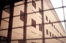 Мурманская прокуратура по надзору за соблюдением законов в исправительных учреждениях разъясняет порядок оказания помощи осужденным, освобождаемым от отбывания наказания