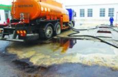 По инициативе прокуратуры будет проведена процессуальная проверка по факту разлива нефтепродуктов в Кольском заливе