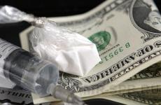 Канал сбыта тяжелых наркотиков пресечен в Смоленске