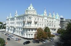 На вокзалах Волгодонска прошел рейд по проверке масочного режима Строительство областной инфекционной больницы в Ростове идет опережающими темпами
