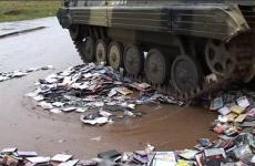 В г.Тосно по результатам прокурорской проверки возбуждено дело в отношении продавца контрафактных дисков