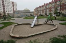 По представлению прокуратуры Ковдорского района демонтирована часть детской игровой площадки, представляющей опасность
