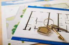 В Пестово прокуратура в судебном порядке добивается проведения ремонта квартир, предоставленных сиротам
