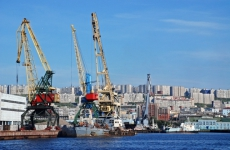По инициативе ММТП издан альбом с редкими материалами о зарождении мурманского порта