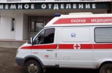 В Астраханской области знакомый порезал двух сестер