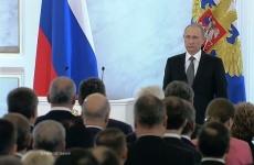 Путин: всех школьников начальных классов обеспечат бесплатным горячим питанием