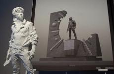 В Петербурге началась установка памятника Виктору Цою