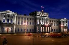 Киселёв передал Сипягину синюю папку с наказами избирателей
