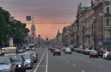 """Полиция нашла 11 """"резиновых"""" квартир с мигрантами в Невском районе Петербурга"""