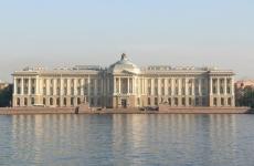 Во Владикавказе открылась выставка художника Никаса Сафронова