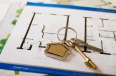 Сланцевский городской прокурор требует обеспечить жилыми помещениями лиц из числа детей-сирот и детей, оставшихся без попечения родителей