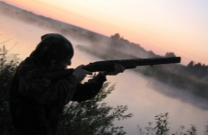 Охотник погиб от случайного выстрела в Курганской области